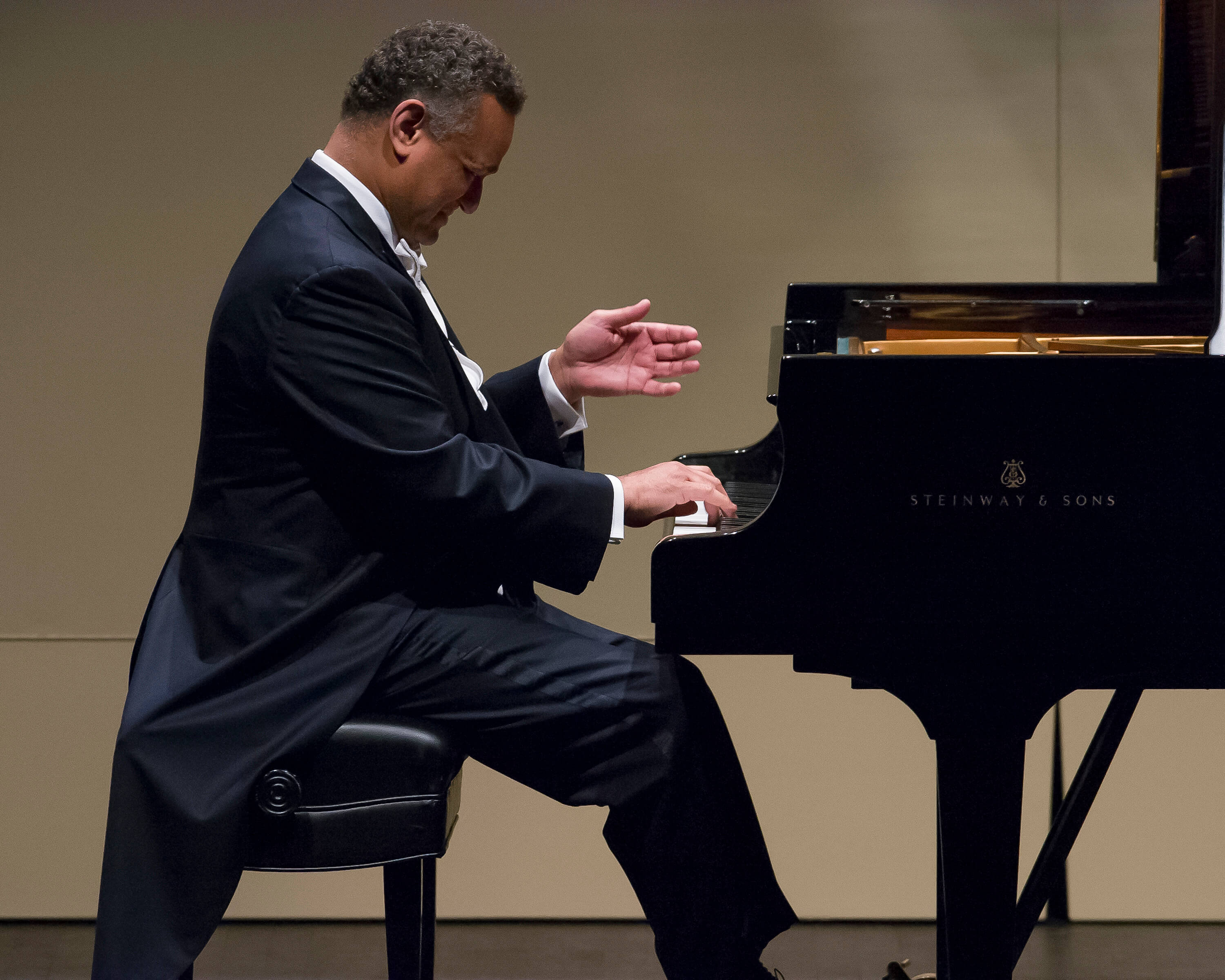 Q&A with André Watts