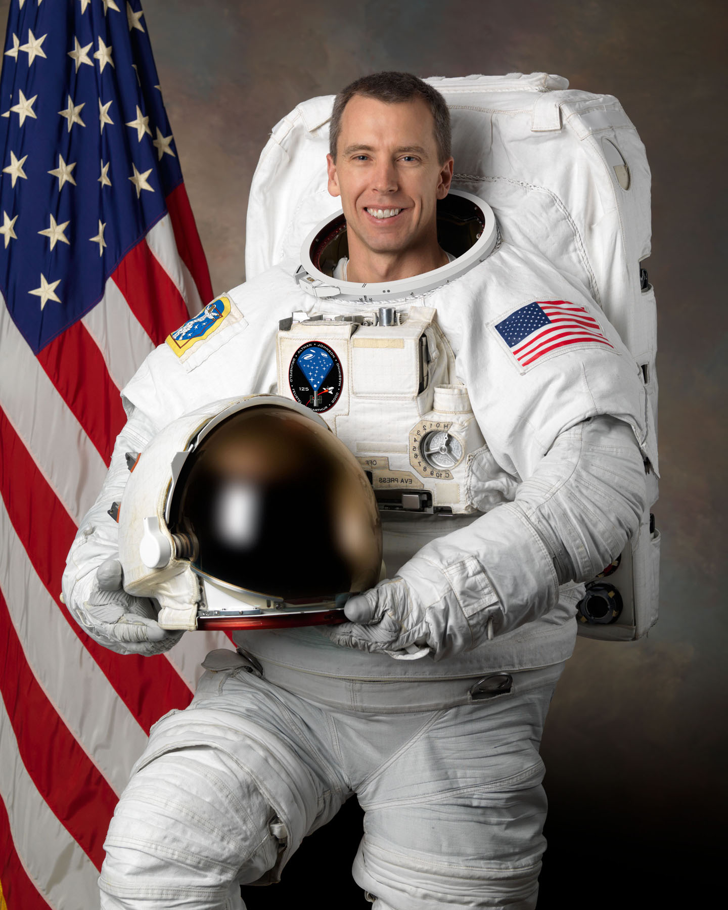 green space suits - photo #26