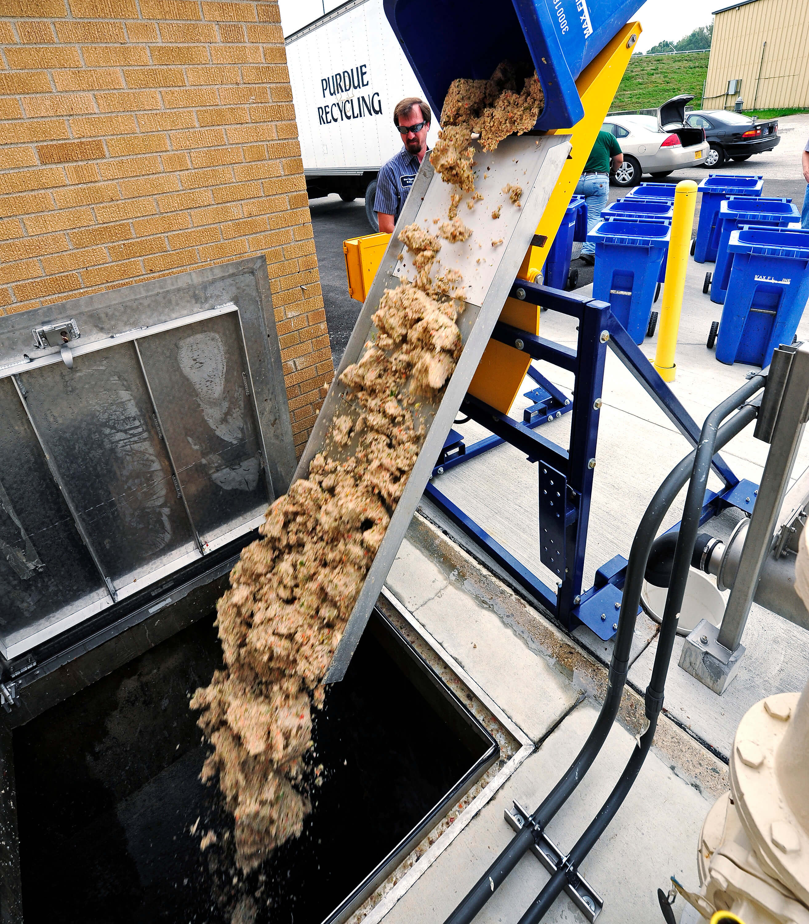 Purdue helps power treatment plant with food scraps