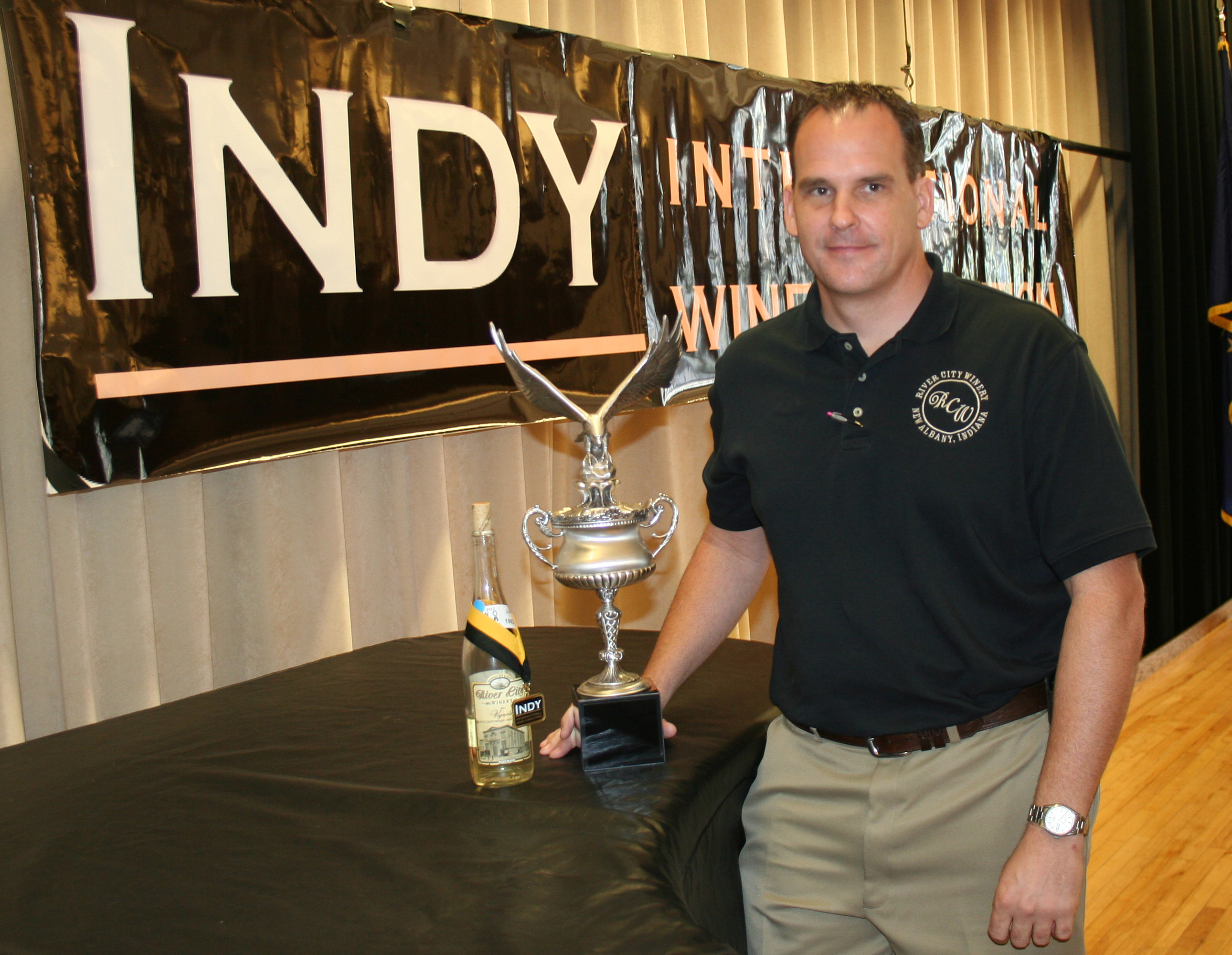http://www.purdue.edu/newsroom/releases/2012/Q3/indiana -winery-takes-top-honors-in-indy-international.html