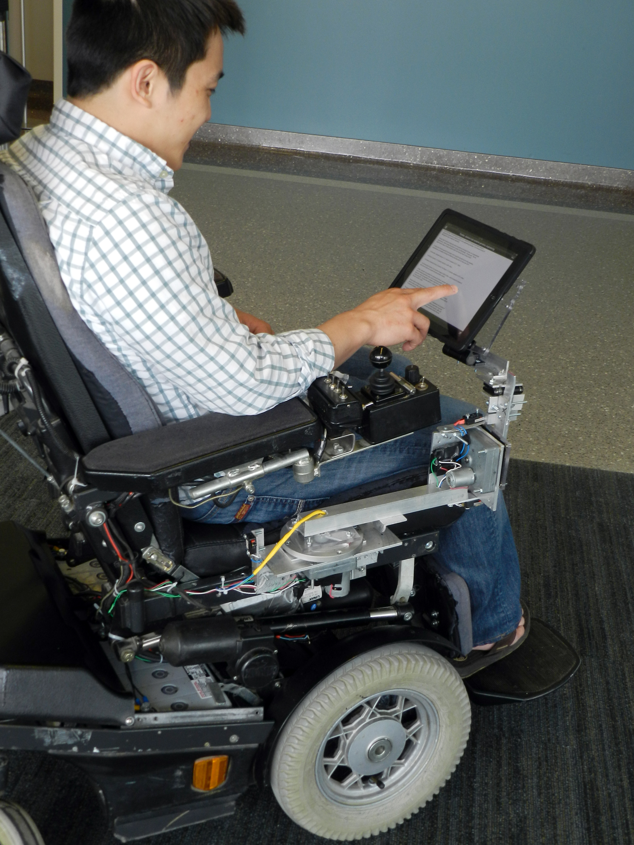 Purdue news assistive wheelchair tray could help people for Handicapped wheelchair