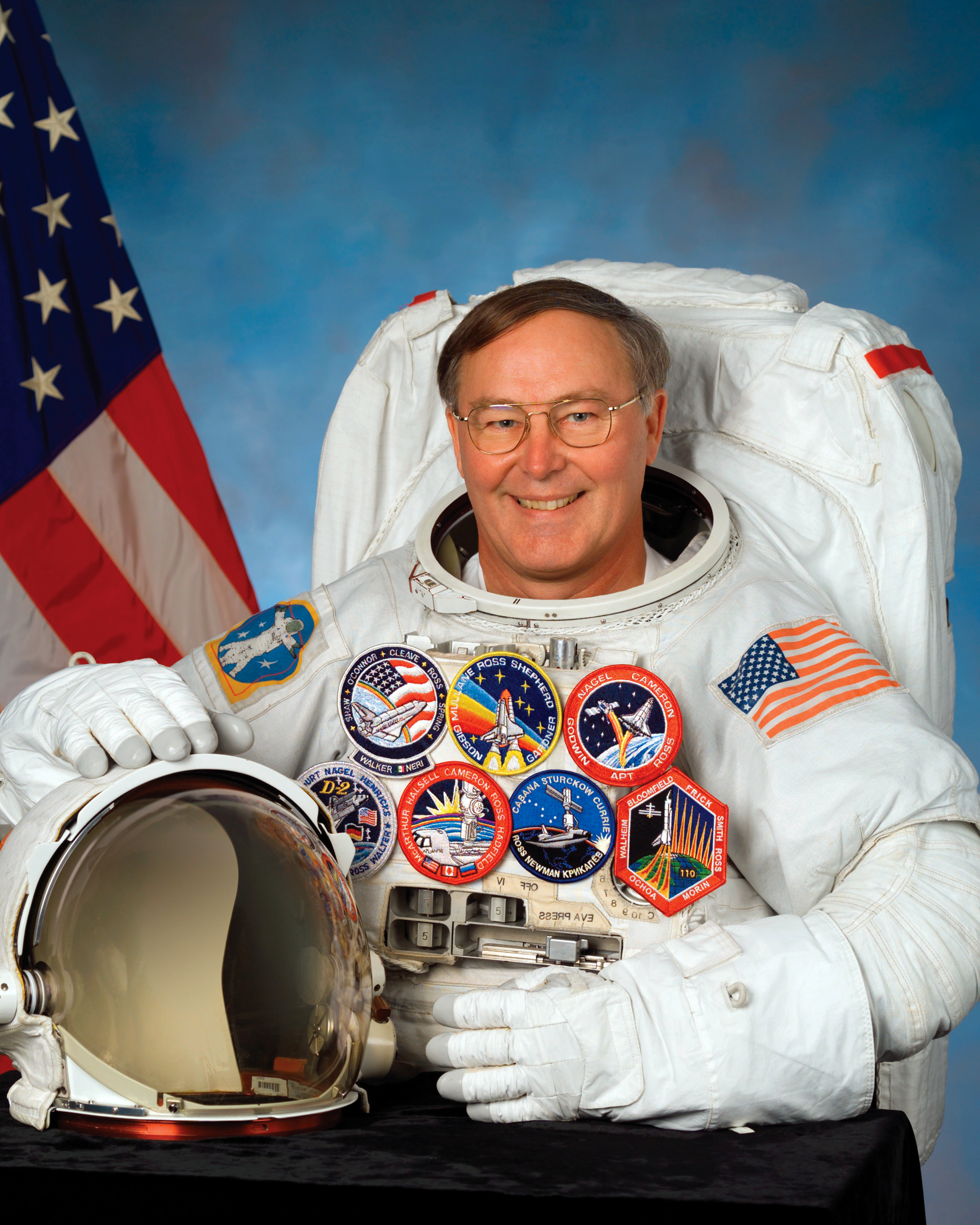 Book 'Spacewalker' captures history of shuttle and its ...