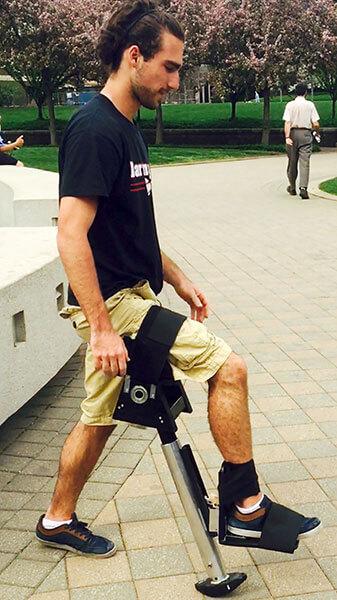 Adams clutch crutch