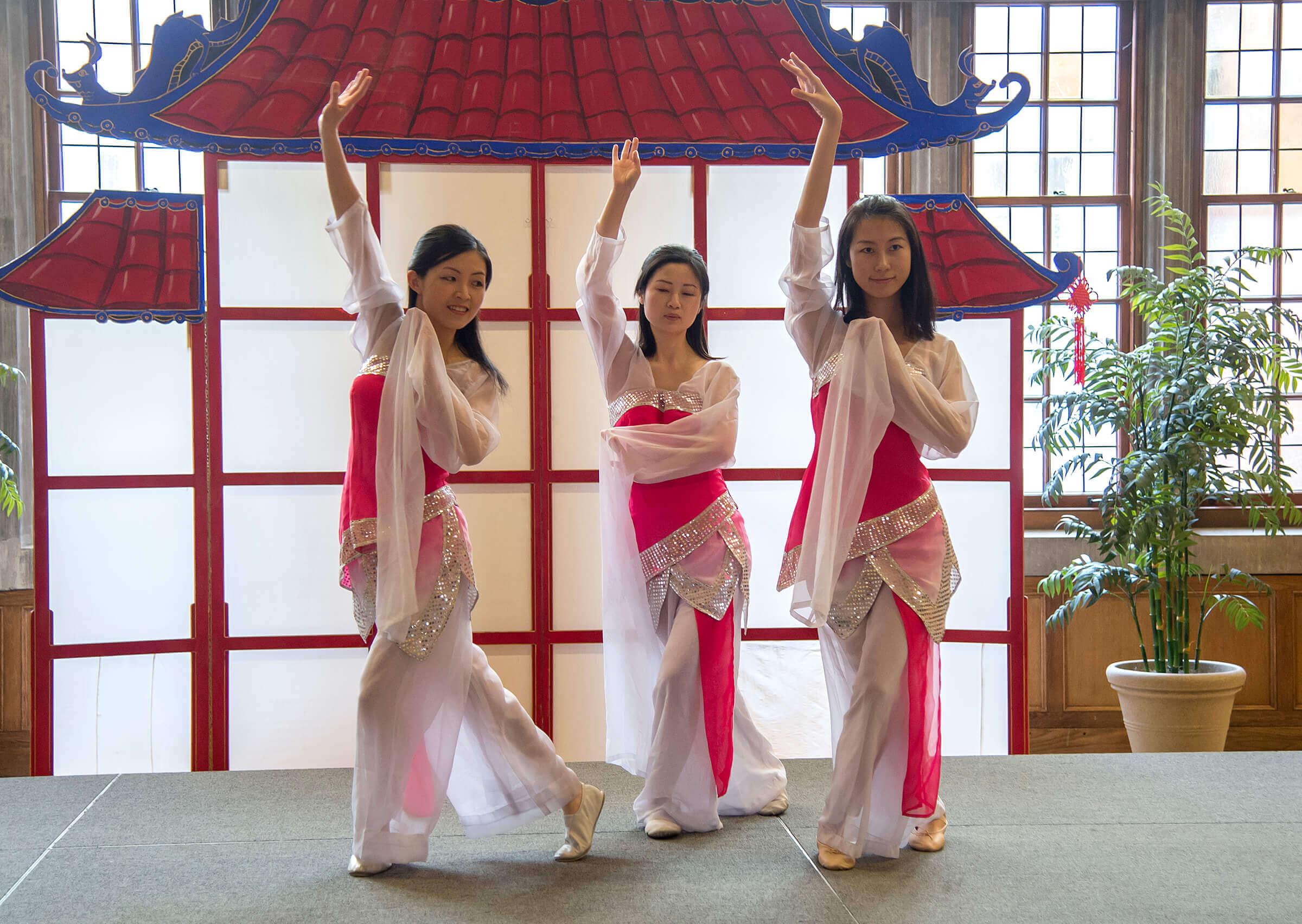 celebration chinese new year essay