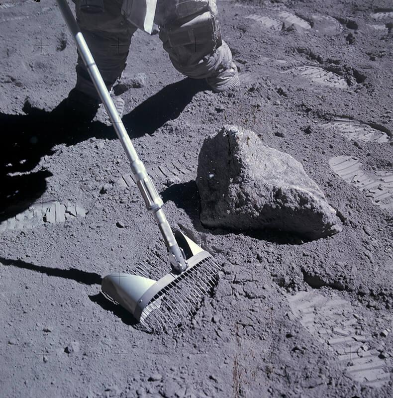lunar-soil