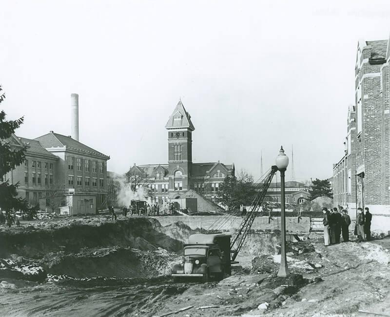 PMU 1935 construction