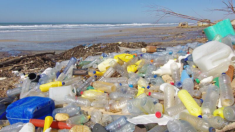 plastics-debris