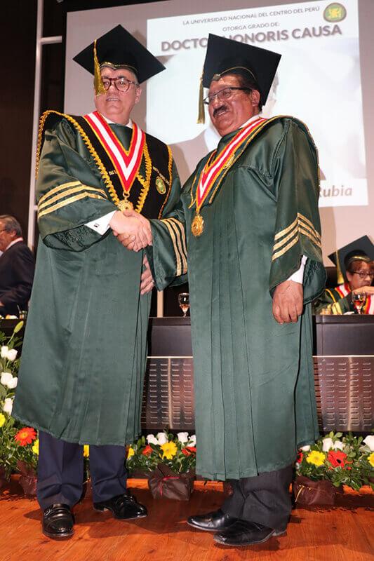 Tomás Díaz de la Rubia and Moisés Ronald Vásquez Caicedo Ayras