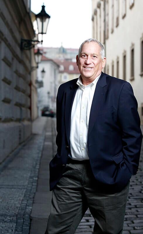 Walter Isaacson