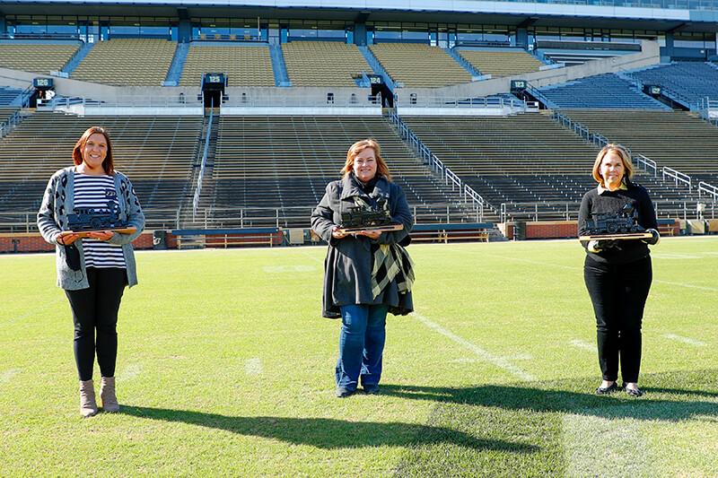 Margie Jones, Amy Glenn and Nancy Cross