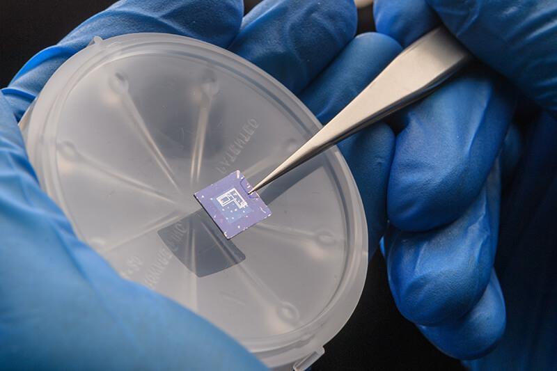 transistors-2D-material