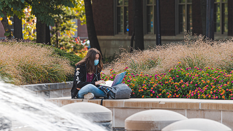 studying-outside